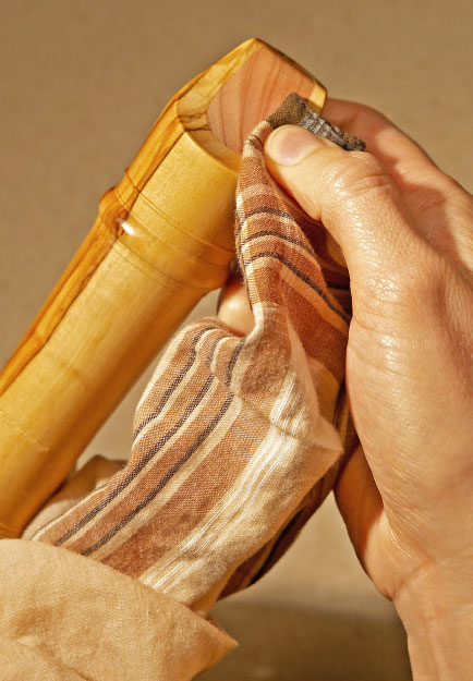 Oiling the the beak of a recorder